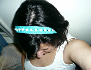 P1010317 300x233 Crochet Beaded Headband 2.0 {diy}