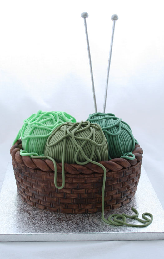 Knitting Cake Tutorial : How to make a knitting basket cake desperate houselife