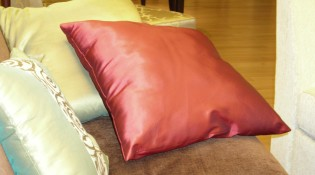 5 Reasons to Buy Silk Pillowcases